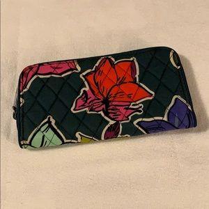 Falling Flowers RFID Georgia Wallet